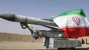 İran karadan denize füze menzilini 700 km'ye çıkardı