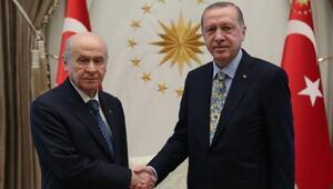Cumhurbaşkanı Erdoğan, MHP lideri Bahçeli ile görüşüyor (1)