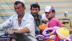 Çinden Uygur Türkleri hakkında skandal açıklama: Hayatlarına renk katıyoruz