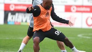 Beşiktaş'ta Adem Ljajic ve Oğuzhan Özyakup takımdan ayrı çalıştı