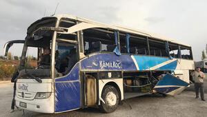 Yolcu otobüsü devrildi Çok sayıda ölü ve yaralı var...