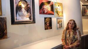 Kadın ressamlar, şiddete karşı bayrak açtı