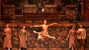 Hamlet, bale eseri olarak Mersinli sanatseverlerle buluşuyor