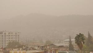 İslahiyede toz bulutu etkisini sürdürüyor