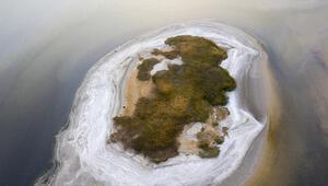 Van Gölünde sular çekilince ortaya çıktı Hayrete düştüler