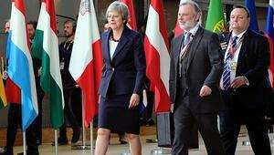 Brexitte geçiş süreci birkaç ay uzatılabilir