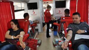 İslahiye ve Nurdağında 170 ünite kan bağışı