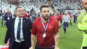 Rahmi Özcan: Hayalim Beşiktaşta...