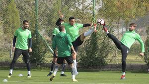 Konyasporda Ç.Rizespor maçı için geri sayım başladı