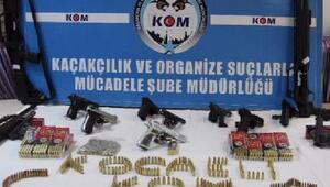Silah kaçakçılarına operasyon: 5 tutuklama