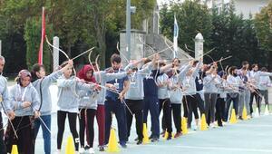 16 ülkeden okçu İstanbulda yarıştı