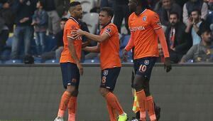 Medipol Başakşehir evinde Kayserisporu mağlup etti
