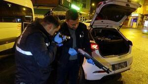 Hırsızlık şüphelileri, kiralık otomobille kaza yapınca yakalandı