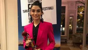 En iyi kadın oyuncu Hazar Ergüçlü