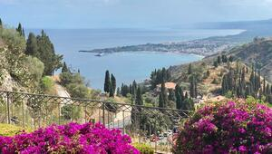 Sicilya'nın gönülçeleni: Taormina