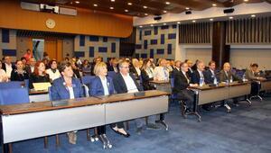 Rotaryenler İzmir ve Geleceği konuştu
