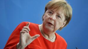 Merkel'den Kral Selman'a Kaşıkçı çağrısı