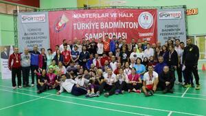 Masterlar ve Halk Badminton Cumhuriyet Kupası sona erdi