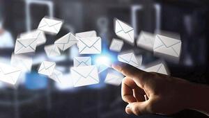 Yerli e-mail yolda