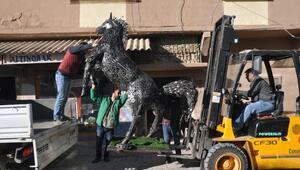 Hurda malzemeden yapılan at heykeli Ankarada sergilenecek