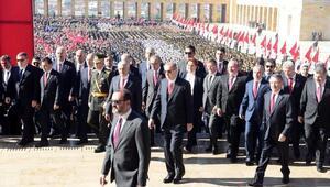 Cumhuriyet Bayramı nedeniyle Anıtkabirde resmi tören