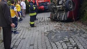 Minibüs, yükseklikten alt yola düştü: 1 yaralı