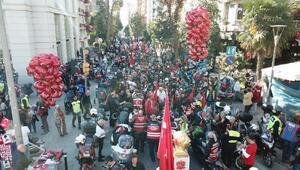 Yüzlerce motosikletliden Cumhuriyet korteji (1)