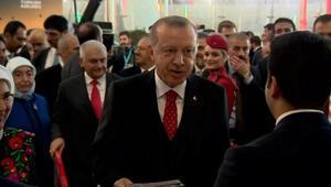 Son dakika... Cumhurbaşkanı Erdoğan tarihi açılış için tören alanında