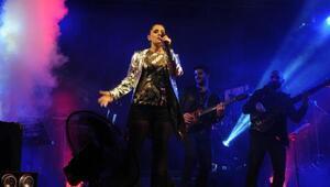 Atiye Cumhuriyet Bayramı konserinde coşturdu