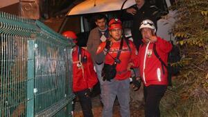 Spil Dağında mahsur kalan lise öğrencileri kurtarıldı