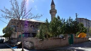 İlçe halkından cami restorasyonu tepkisi