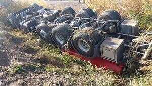 Beypazarında itfaiye aracı yangına giderken kaza yaptı: 2 yaralı