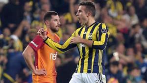 Fenerbahçelileri çok kızdıracak Van Persie...
