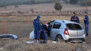 Eğlence dönüşü takla atan otomobildeki 2 kişi öldü