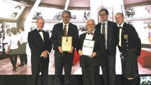 İzmir'in simgesine İngiltere'den iki ödül