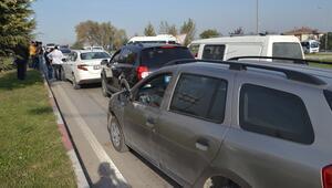 İnegölde zincirleme trafik kazası: 8 araç birbirine girdi