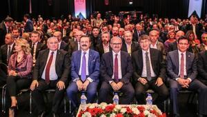 Antalya ekonomisinin enlerine ödül