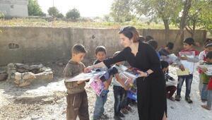 Üniversiteli Sedanur, kendisini köy çocuklarına adadı