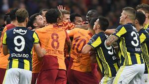 Galatasaray 2 puandan fazlasını kaybetti