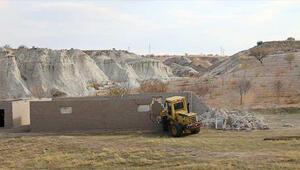 Kapadokyada kaçak yapıların yıkımına başlandı