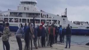 Gökçeadada feribot iskeleye yanaşırken makine arızası yaptı / Ek foto
