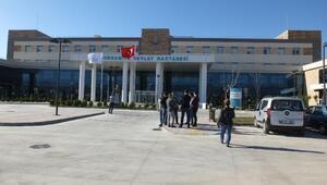 Burhaniye Devlet Hastanesi yeni binasında hizmete başladı