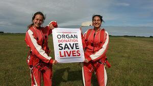 Organ bağışı bekleyen hastalar için seyahat eden Başak ve Irmak'ın farkındalık hikayesi
