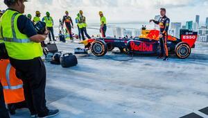Citrixten Aston Martin Red Bull'a destek