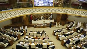 Büyükşehir meclisinde protokol tartışması