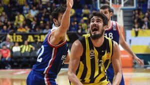 Fenerbahçe ambargoyu kırdı