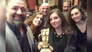 Türk tiyatrosunun en eski ödülü Tiyatro Frankfurt'a