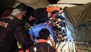 Cizrede TIRlar çarpıştı, 2 sürücü ağır yaralandı