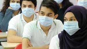 Geleceğin sağlıkçıları, lösemiye dikkat çekmek için okulda maske taktı