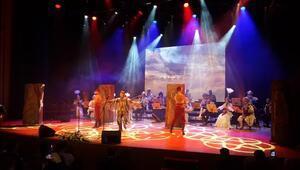 TÜRKSOY Halk Çalgıları Orkestrası konser verdi